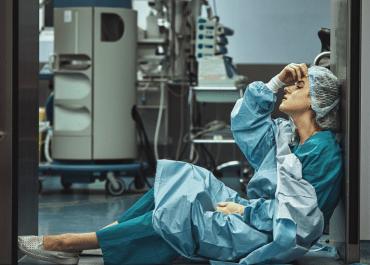Desabastecimiento de Epp y condiciones laborales en el sector salud no cesa