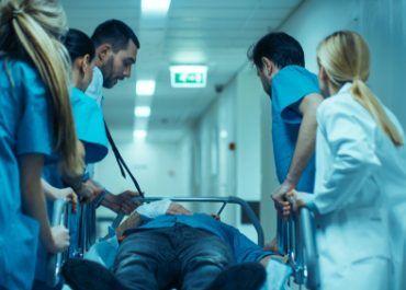 ¿Qué implicaciones ha traído para el ejercicio médico la declaración de estado de emergencia?